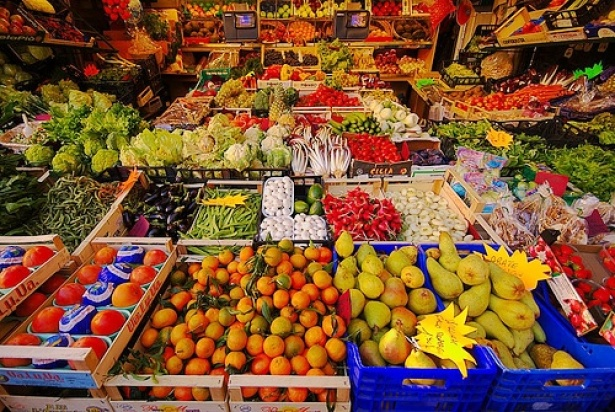 Fruit and vegetable market stand at the Vittorio Emanuele Mercato