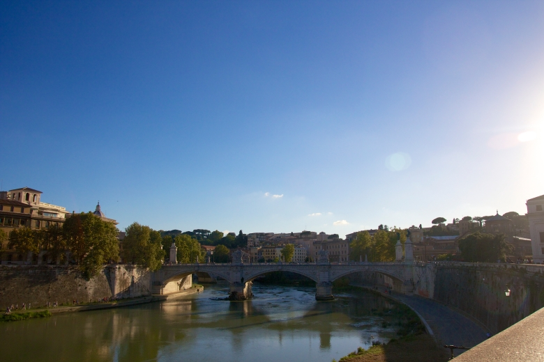 First stop- a visit to Castel San'Angelo - view from the bridge.