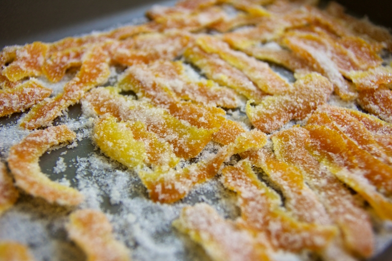 Some days I like to bake: Candied Orange Peels