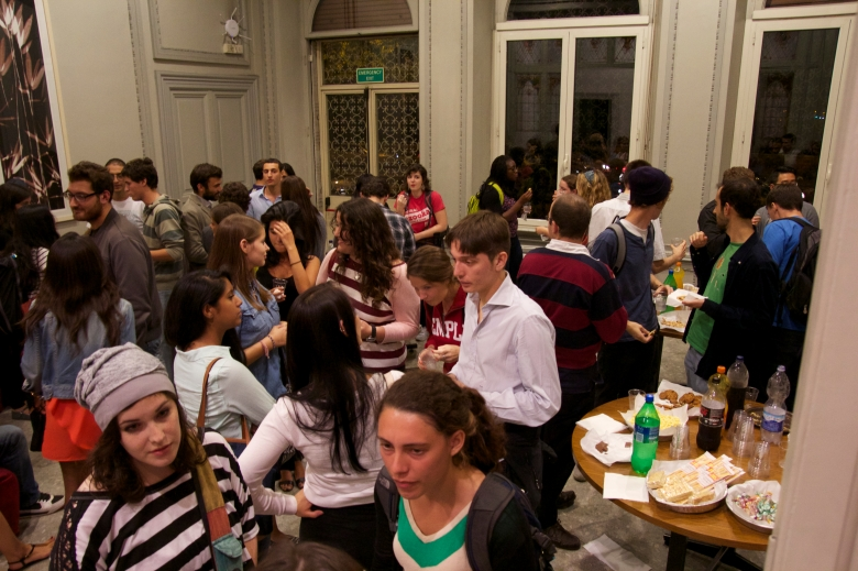 Temple Students and Italians mingling.