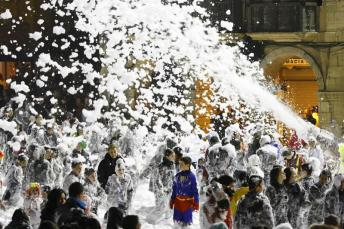 Foam from Aviles Carnaval! (Photo courtesy of elcomercio.es)