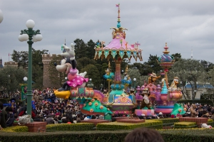 In Disneyland, there are two main parades that happen during the day. This parade happened around noon time, and featured most of the princesses and even Minnie Mouse.