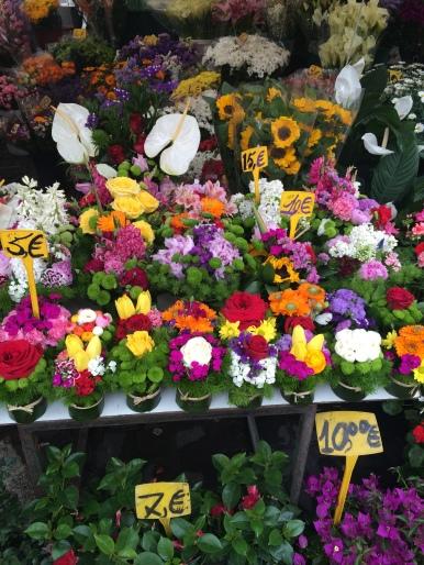 beautiful flowers in Campo di Fiori