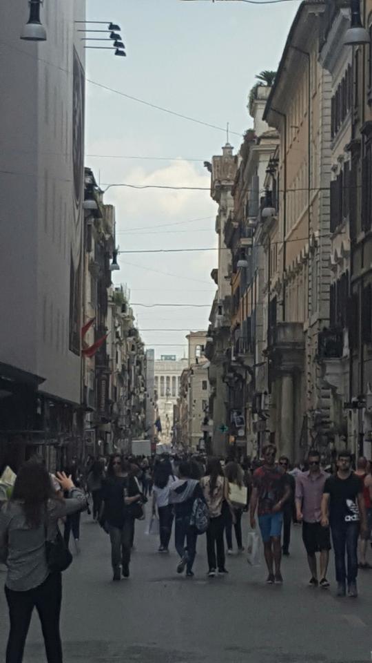 Via del Corso.jpg