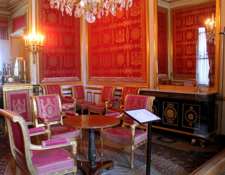 Fontainebleau_NapoleonAbdicationRoom_MadelineClugston_SS16