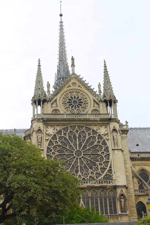 Paris_NotreDame_MadelineClugston_SS16