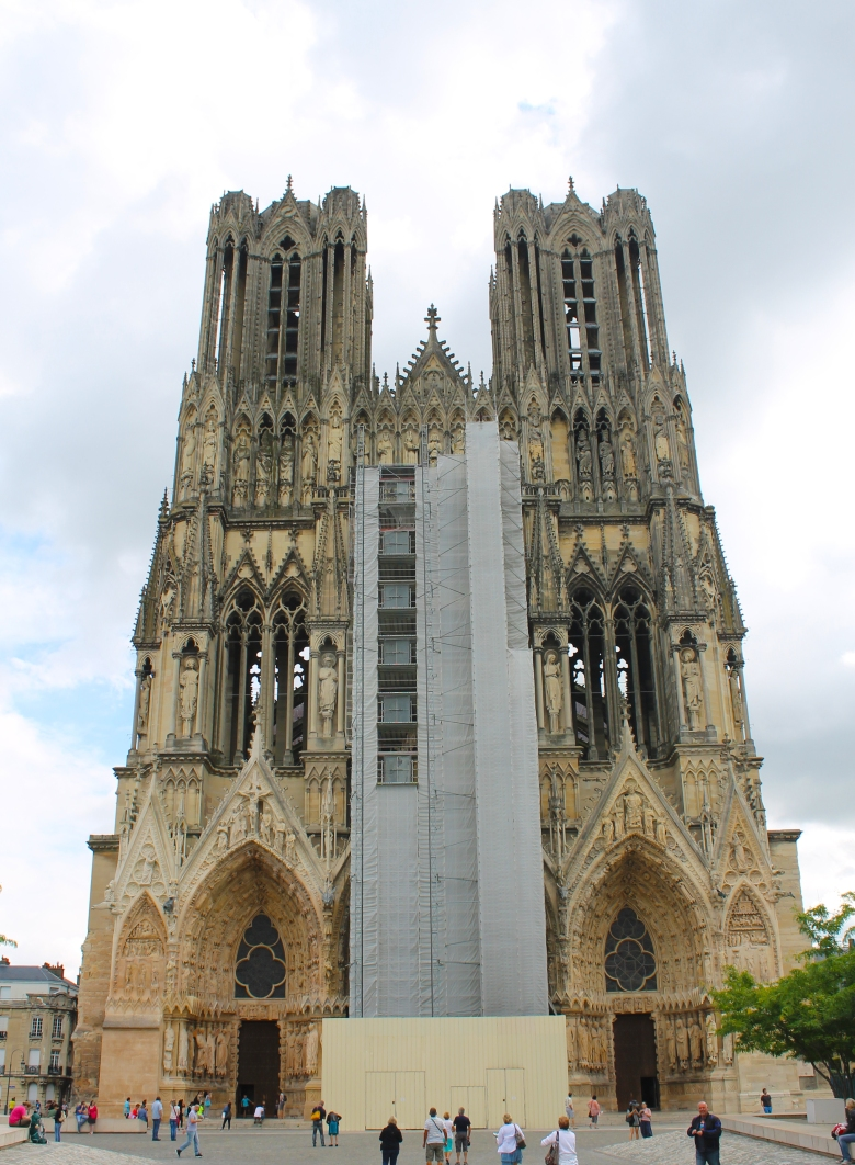 Reims_Cathedral_MadelineClugston_SS16