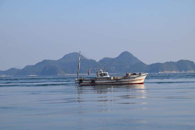 f161303_tokyo_fishing-boat_tamlynkurata
