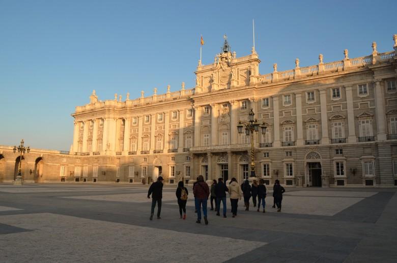 S171005_Spain_Palace Tour_DanielleNanni.jpg
